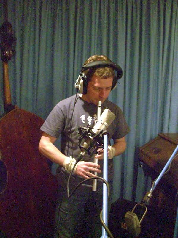 Diarmaid Moynihan in the Studio recording 'My Crescent City'